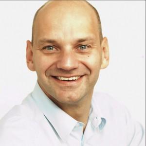 Helge Sanden, Sanden Unternehmensberatung: Tel: 05121 2889674