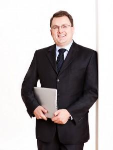 IT-Onlinemagazin Prof. Dr. Komus ©N. Bothur