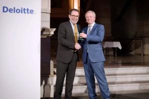 Gregor Stöckler (links), DataVard, und Dr. Andreas Gentner, Deloitte