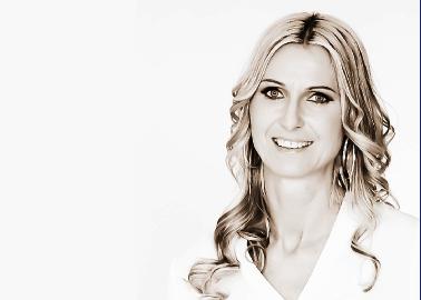 Sandra Apflauer